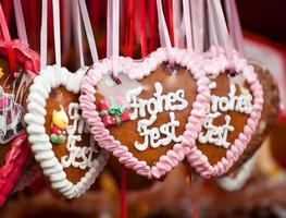 corazones de pan de jengibre foto