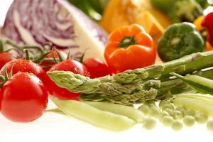 conjunto de verduras frescas foto