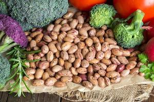 Pinto beans and vegatables photo