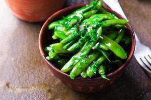 Salada do feijão verde