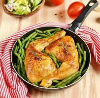 Roasted chicken legs with green beans