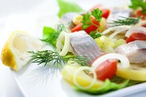 ensalada de pescado foto