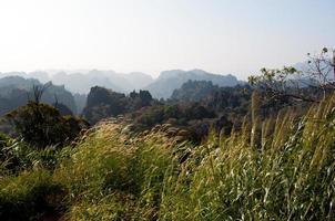 paisaje de montaña de laos foto