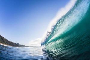 Hollow Crashing Wave