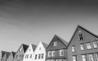 Bryggen em Bergen em preto e branco