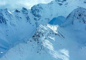 Silvretta Alpes vista de inverno (Áustria).