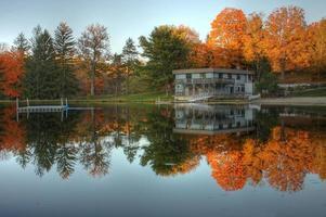 lago del amanecer foto