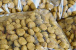 emballage d'aliments pour chiens photo