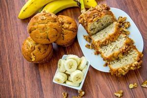 pão de banana e noz fresco