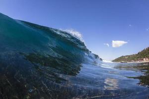ola oceánica agua azul foto