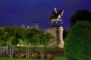 boston common george washington monumento
