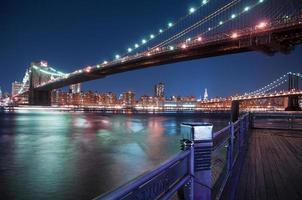 puente de brooklyn de la ciudad de nueva york foto