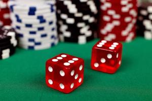 red dice photo