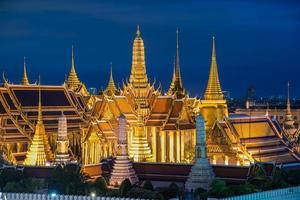 Wat phra kaeo bangkok thailand photo