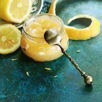cuadrado de cuajada de limón foto