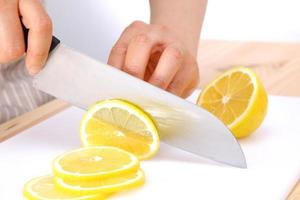 cutting lemon