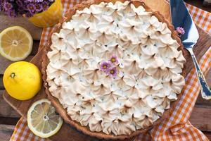 torta de merengue de limão