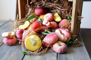 still life peaches