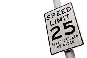 límite de velocidad 25