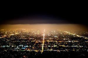 luces de la ciudad sobre los angeles