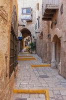 smal steegje in oude jaffa - tel aviv, israël