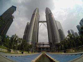 las torres petronas foto