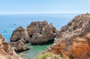ponta da piedade, formaciones rocosas cerca de lagos en portugal foto