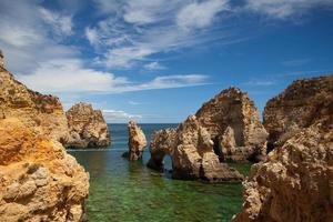 Célèbres falaises de Ponta de Piedade, Lagos, Algarve, Portugal