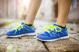 corredor femenino, pies closeup