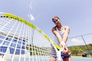 mooie tennisspeelster in actie