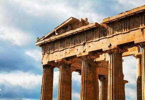 Partenón en la Acrópolis de Atenas, Grecia foto