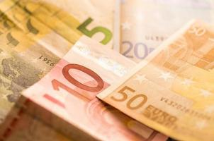 Billets en euros multicolores