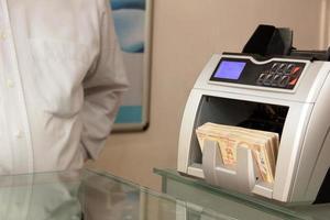 money counting machine photo