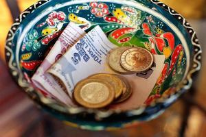 dinero bien turco foto