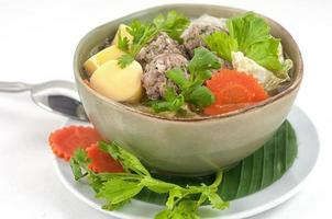 Soup with tofu and meatballs