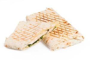 Pita sandwich with chicken