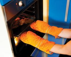 Kitchen gloves photo