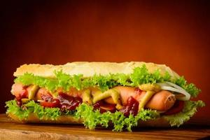 Traditional hot dog
