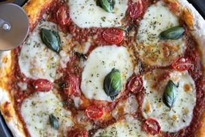 Pizza Margherita photo