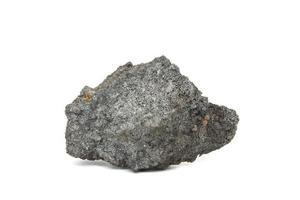 carvão de coque no fundo branco