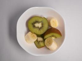 kiwi y plátano