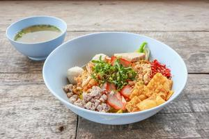 noodle tom yum with pork