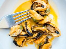 pickled mussels photo