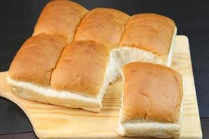 tear bread