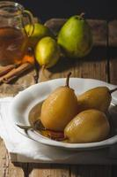 Pears glazed in tea and cinnamon