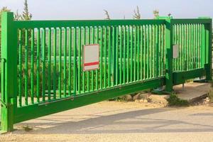 puertas verdes