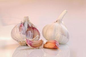 garlic on a white and pinkish base