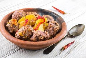 Turkey cutlets with pepper pot