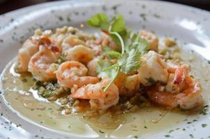 Mexican spicy and sour garlic shrimp photo