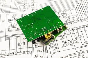 varios circuitos del color verde